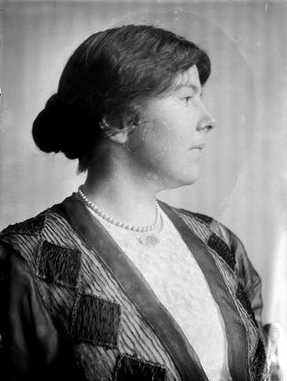 Louise Homer