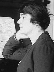 Flora Perini