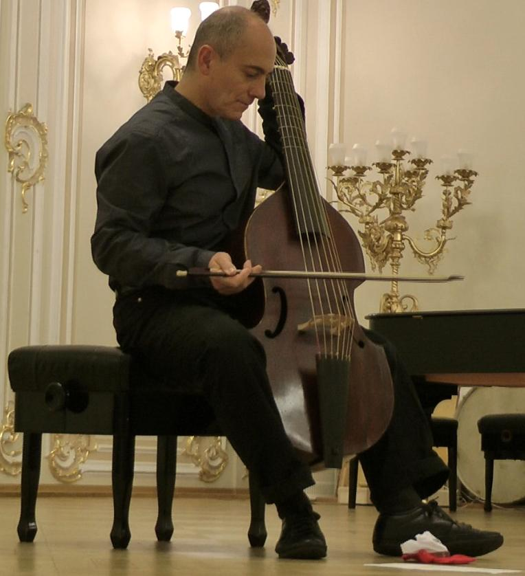 Collection of improvisation for viola da gamba,  (Pandolfo)