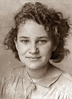 Nina Nelina-(Nuremberg)