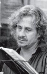 Andrea De-Carlo