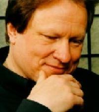 Roland Batik