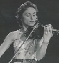 Lola Bobesco