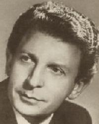 Julian von Karolyi