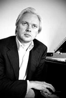 Roland Pöntinen