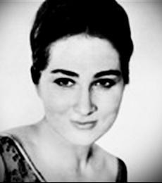 Netania Davrath